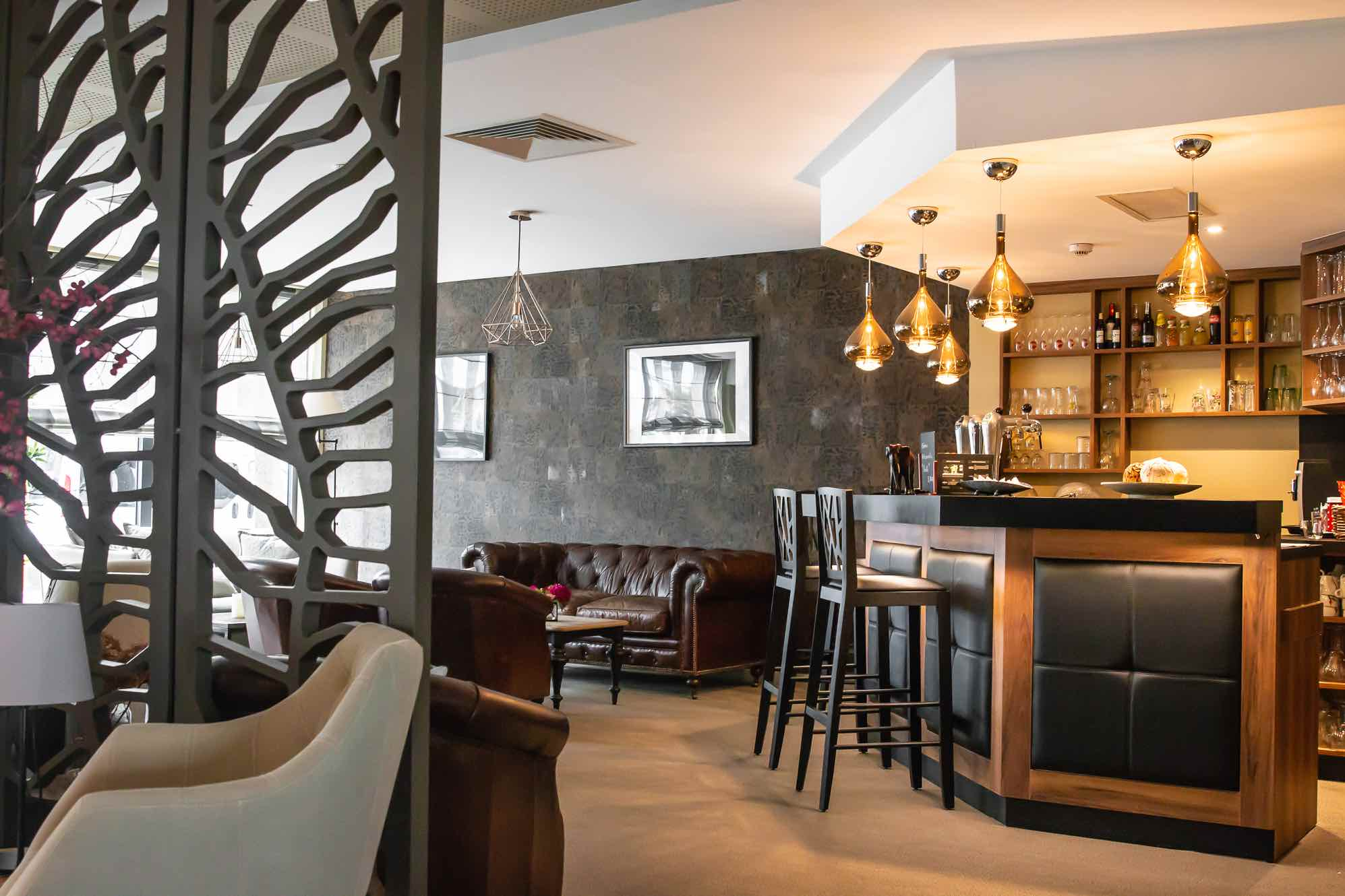 menuiserie bar hotel strasbourg